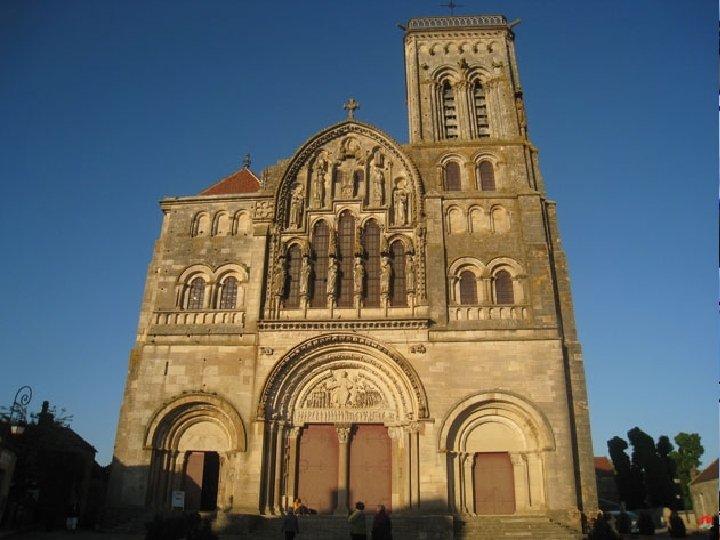 VEZELAY La basilica