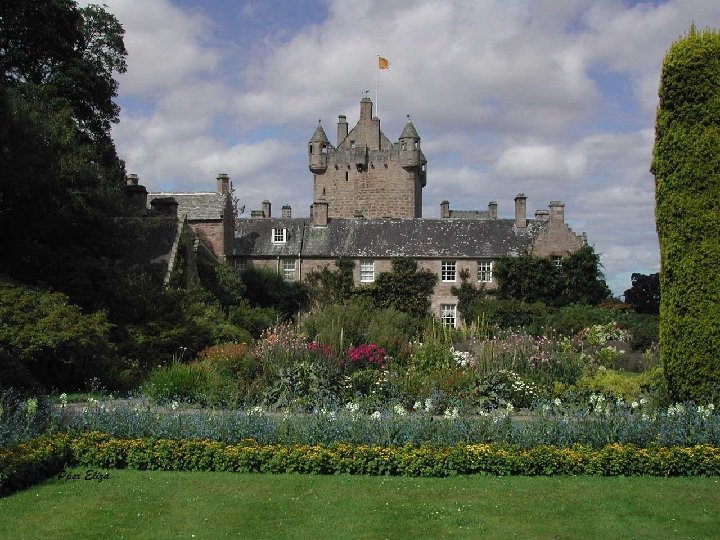 Muy cerca de Inverness está el Castillo de Cawdor que perteneció al clan Calder.