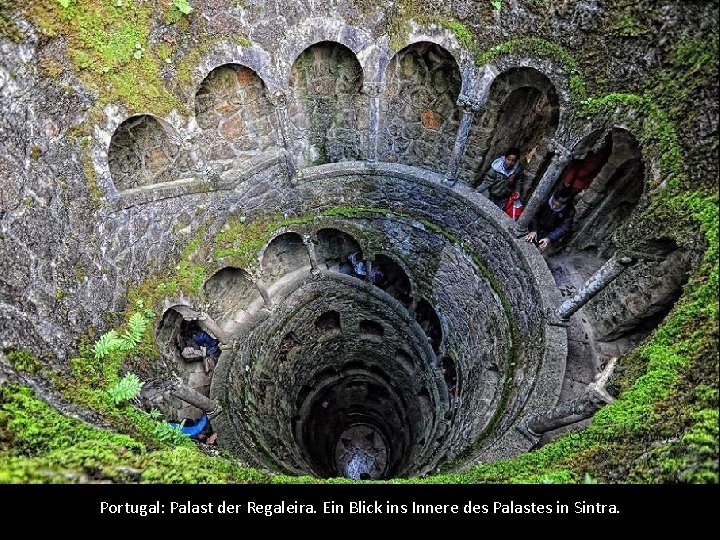 Portugal: Palast der Regaleira. Ein Blick ins Innere des Palastes in Sintra.