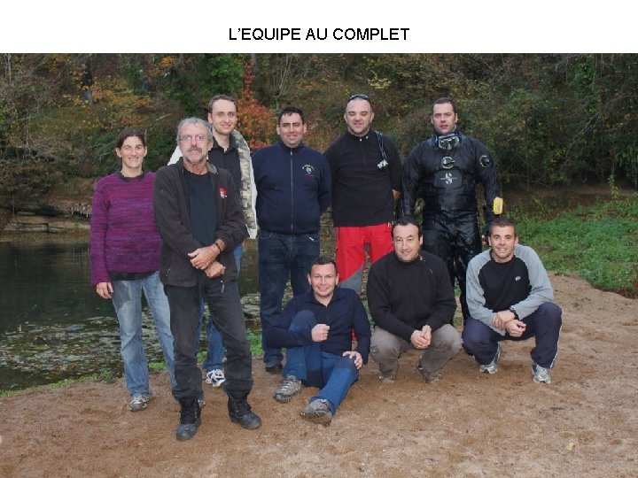 L'EQUIPE AU COMPLET