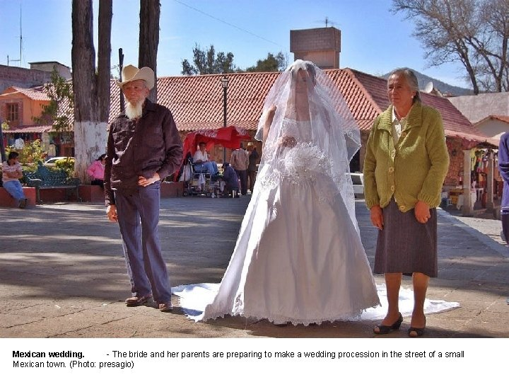 Mexican wedding. - The bride and her parents are preparing to make a wedding