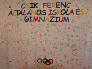 CSIK FERENC LTALNOS ISKOLA S GIMNZIUM Budapesten a