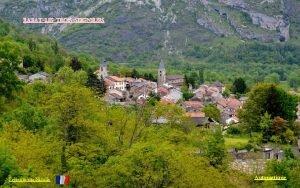 rabatlestroisseigneurs Prsent par Nicolle Automatique Le village de