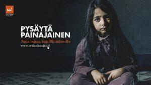 Maailmassa joka kuudes lapsi asuu keskell sotaa tai