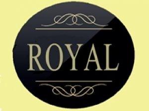LE ROYAL The Association THE ROYAL has as