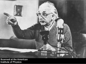 Whether to Build Einstein sends letter to FDR